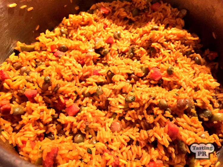 Puerto rican arroz con gandules recipe rice and pigeon peas recipe puerto rican arrox con gandules recipe forumfinder